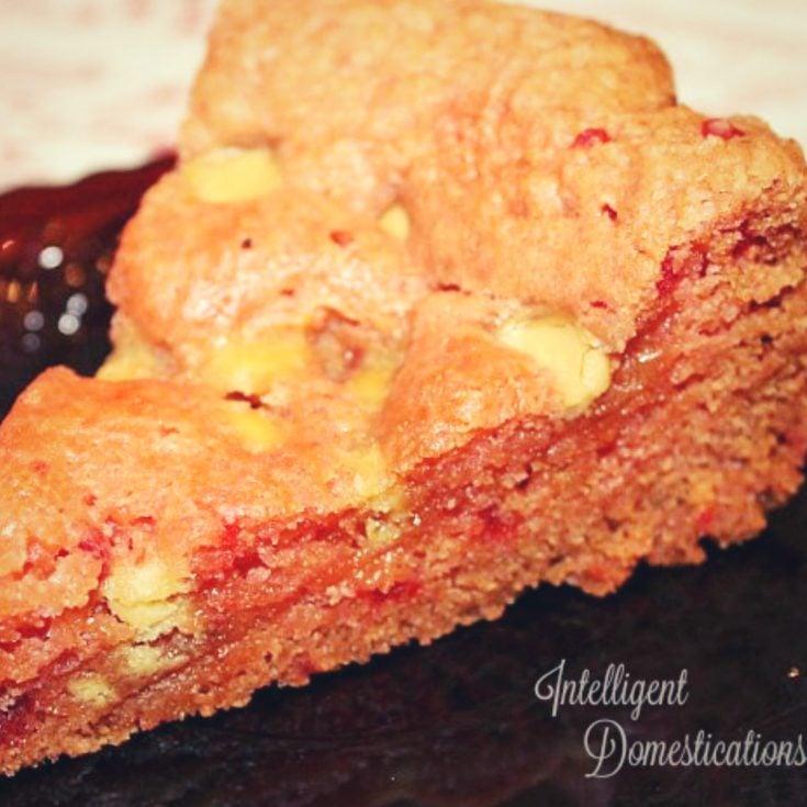 Crockpot Strawberry Cake Mix Brownies
