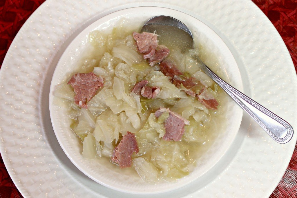 Cabbage Soup with Ham Recipe shared at 2015 Souper Bowl Soup & Chili Linky party. intelligentdomestications.com.
