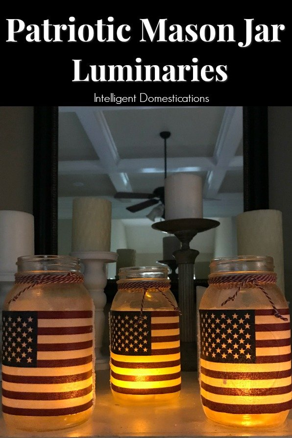 DIY Patrioric Mason Jar Luminaries. Patriotic Mason Jar craft project. How to make Patriotic Mason Jar Candle holders. #patrioticmasonjar #masonjarcraft #patrioticoutdoordecor #diypatrioticdecor