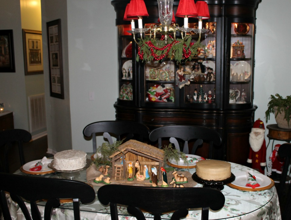 Christmas Home Tour 2015.Dining Room.intelligentdomestications.com