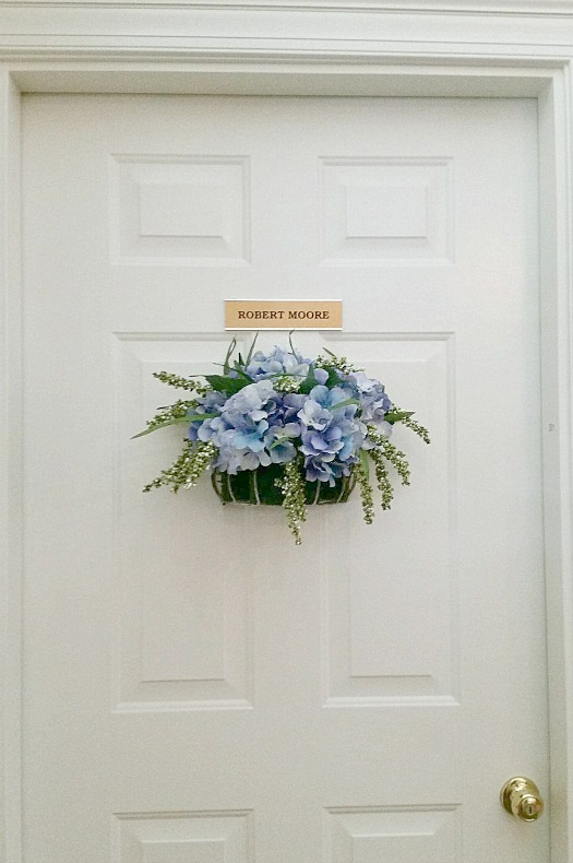 Assisted Living Hydrangea Door Decor.intelligentdomestications.com