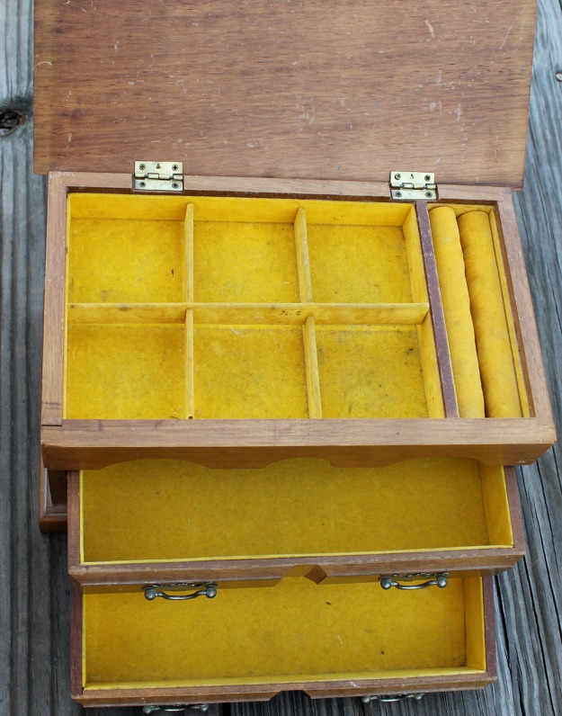 Jewelry box inside before