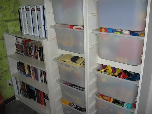 Brosa Organize your closet space