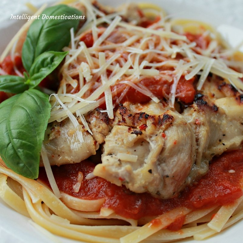 Stovetop Grilled Easy Chicken Parmigiana Recipe with only 6 ingredients.  A delicious restaurant quality weeknight meal idea #chickenrecipe #weeknightmeal