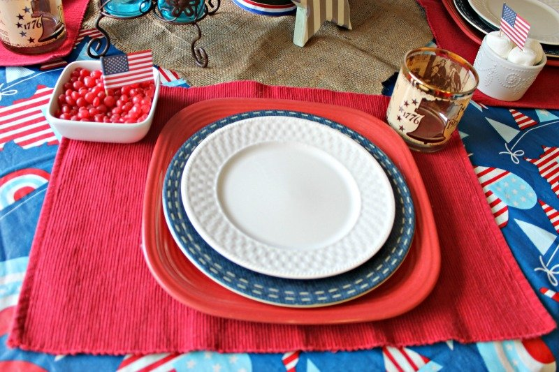 Red White and Blue Table setting. I used what I already have to create a festive Patriotic table setting without spending a dime.