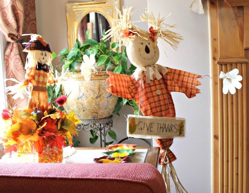 our-fall-home-tour-2016-scarecrow-corner-in-the-den