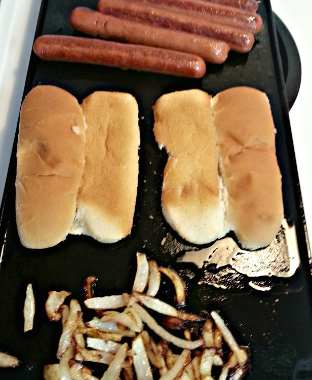 stovetop-grilled-hot-dogs-intelligentdomestications-com