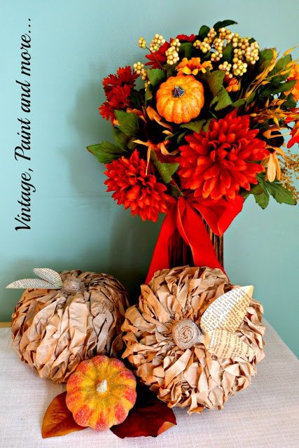 lunch-bag-pumpkins-vintage-paint-and-more