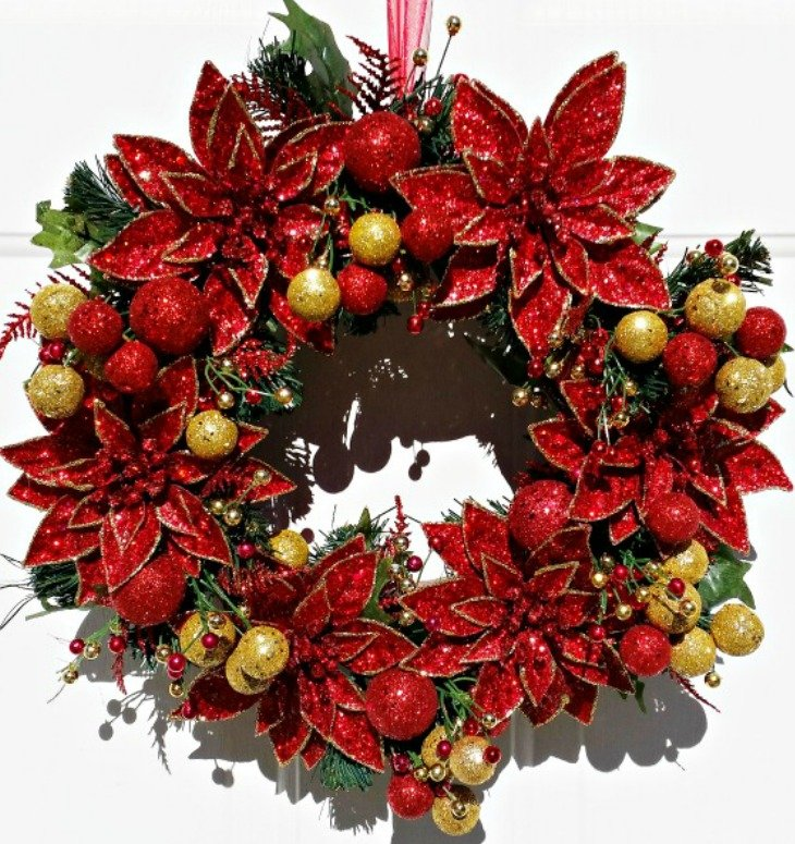 how-to-make-a-poinsettia-christmas-wreath-using-floral-picks-easy-tutorial-at-intelligentdomestications-com