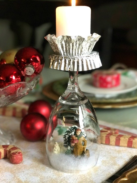 diy-glass-snowglobe-candle-holder-with-a-christmas-scene-these-are-so-simple-to-set-up