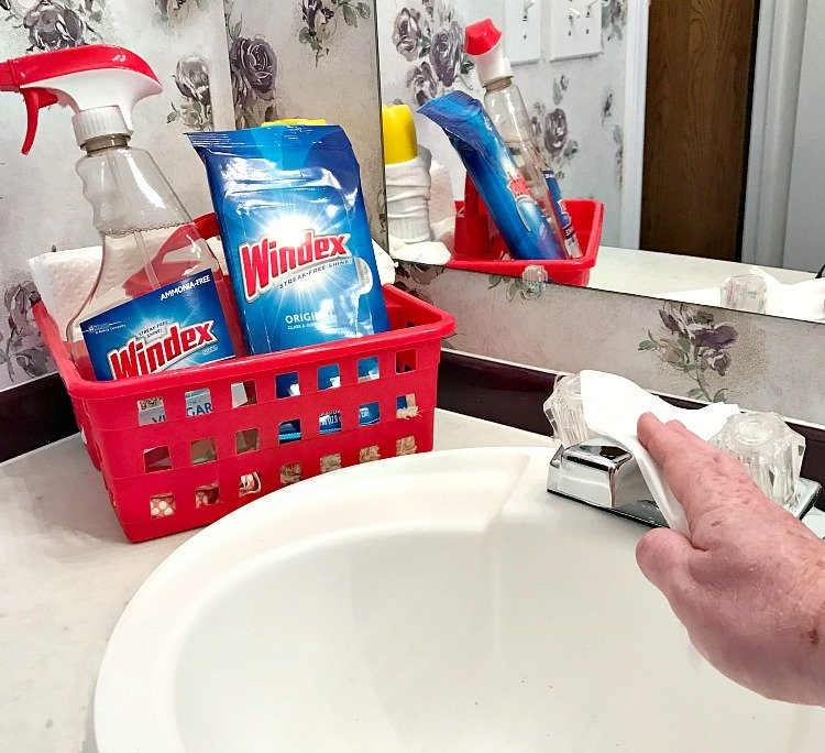 Windex Original Glass wipes are great for quick clean ups