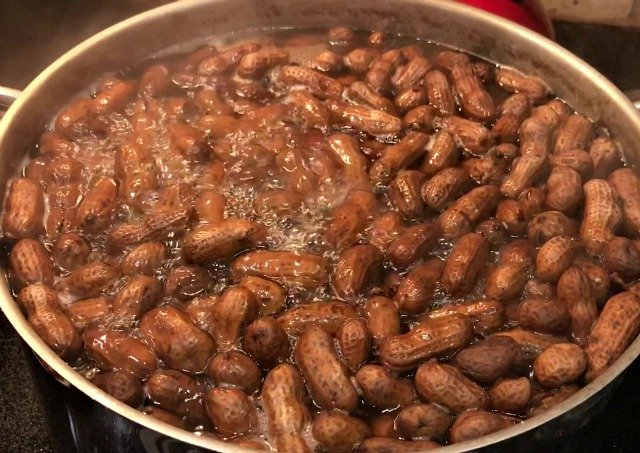 How To Cook Boiled Peanuts