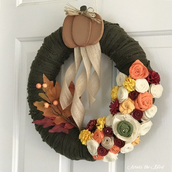 Easy Fall Home Decorating Ideas featured at Merry Monday Link Up #177