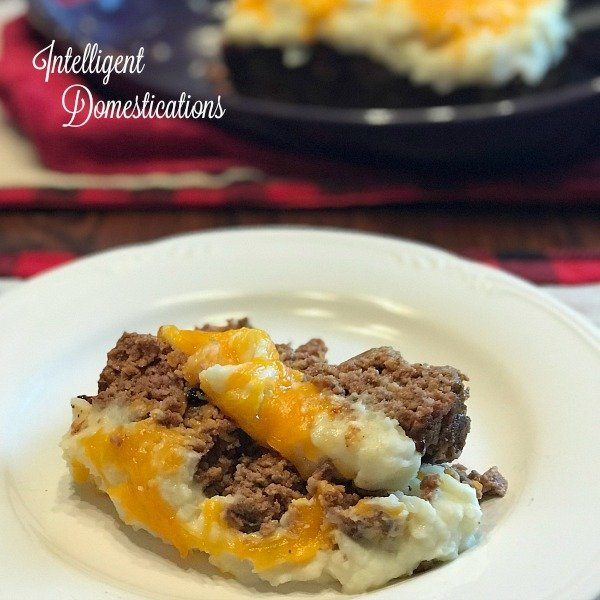 Cheesy Mashed Potato Covered Meatloaf.. How to make cheesy mashed potato topped meatloaf. A Christmas Story Mashed Potato Meatloaf recipe