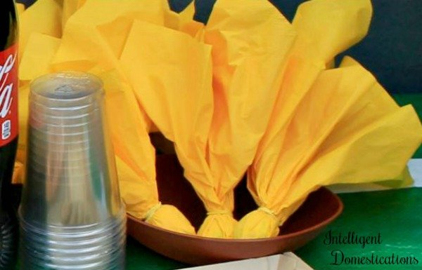 How to make football penalty flag napkins for your football party. #footballparty