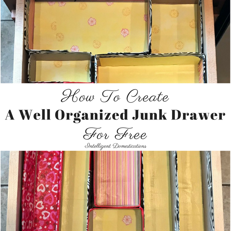 How to create a well organized junk drawer for free. How I used boxes to create an organized drawer. #drawerorganization