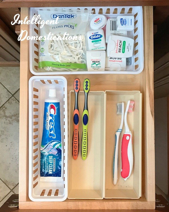 Bathroom Drawer Organization Ideas. My solution to a bathroom without drawers. How to organize a toothbrush drawer.
