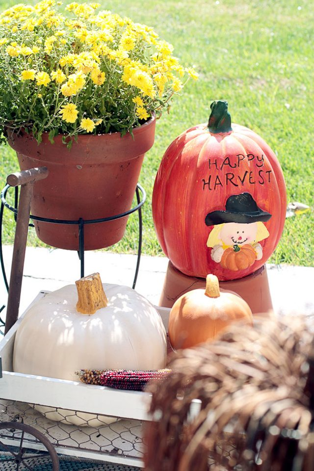 Fall Patio Vignette with pumpkins