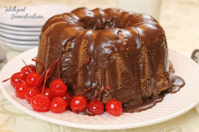 Easy and delicious Chocolate Pound Cake recipe made from scratch. Cocoa powder and milk make this pound cake recipe decadent and delicious. #poundcake #chocolate #chocolatepoundcake #cake #madefromscratch #Bundtcake