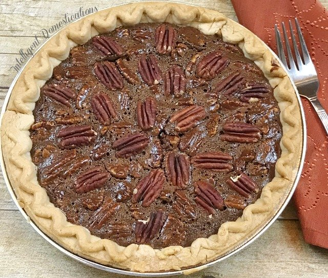 Easy Recipe for Chocolate Pecan Pie. No mixer needed because you stir this by hand and there are only six ingredients. #chocolatepie #pecanpie #Choctoberfest #dessert #easyrecipe