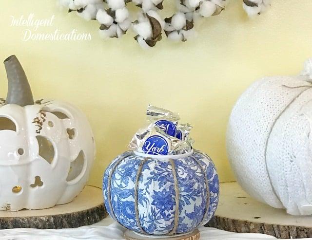 Transform a $1 Styrofoam pumpkin into a beautiful Blue & White Fall Candy Dish. Easy tutorial for making your own Pumpkin Candy Dish for Fall decor. #pumpkin #falldecor