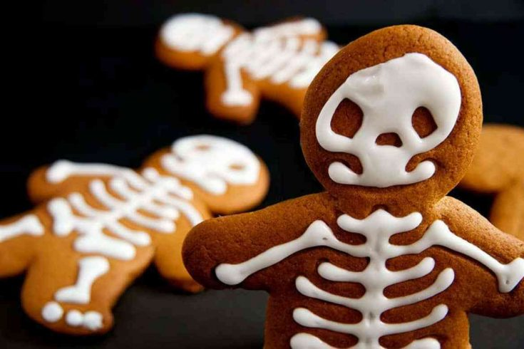 Halloween Gingerbread Skeleton Men