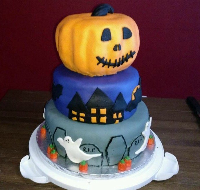 How to Make Halloween Cakes!
