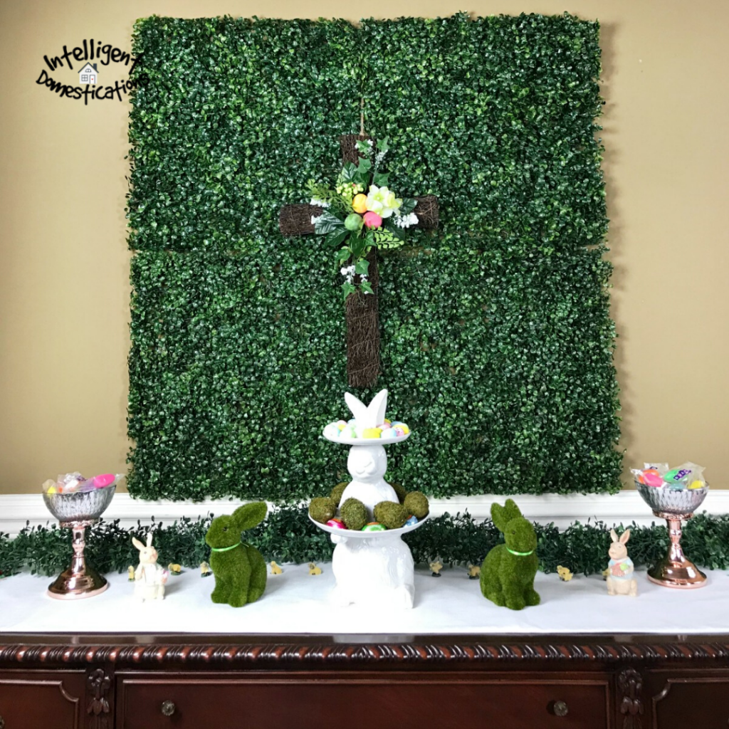 Botanical decorated dining room for Easter. Easter decor ideas for the dining room.