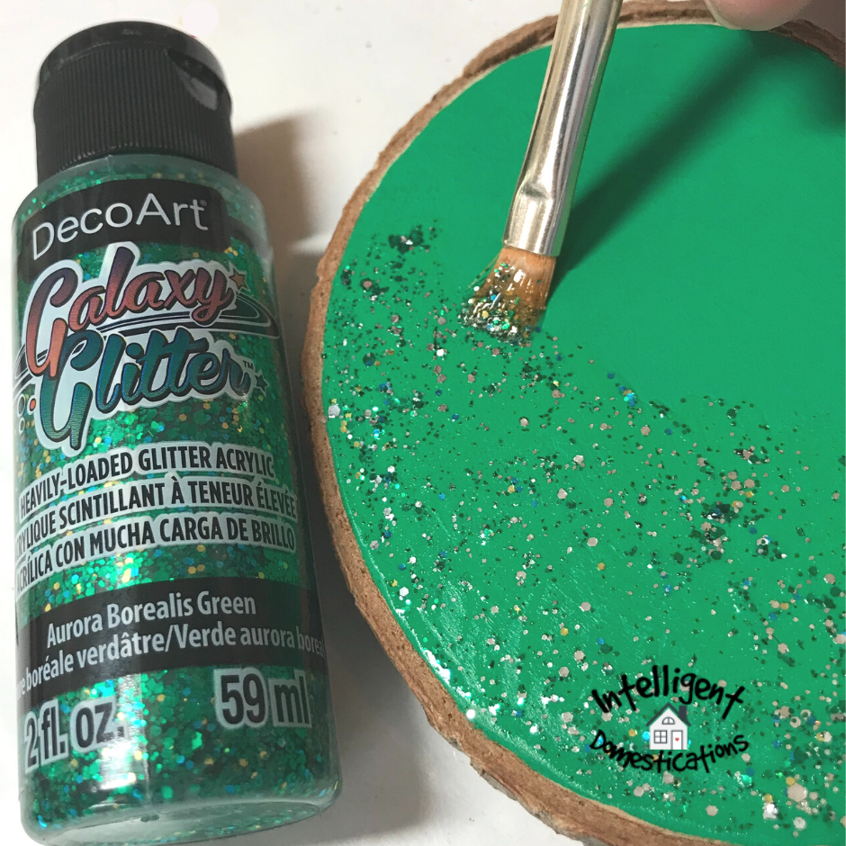 applying Galaxy Glitter paint