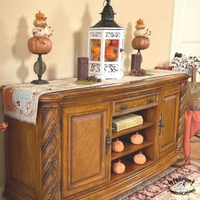 Ideas for Decorating An Entryway Table For Fall